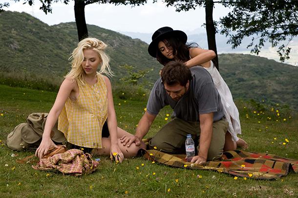 movie-vickychristinabarcelona-women-traveler-rgnn